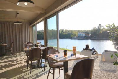 Restaurant / Bar / Activité nautique