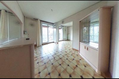 Appartement Vaulx En Velin 3 pièce (s) 67 m²