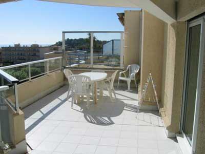 Location vacances appartement Cavalaire 420€ - Photo 6