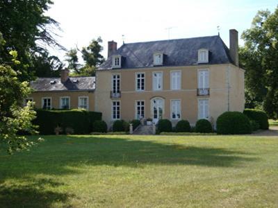 Château Bazouges Sur Le Loir 7 pièce (s) 337 m²