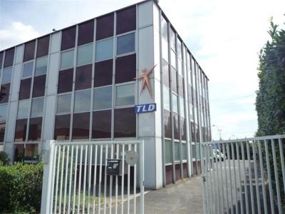 Location Local d'activités / Entrepôt Fresnes