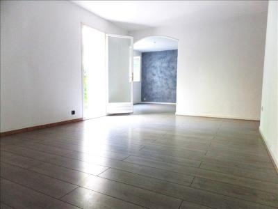 Appartement T4 rez-de-jardin