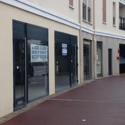 Location Boutique Voisins-le-Bretonneux