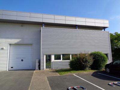Location Local d'activités / Entrepôt Saint-Cyr-sur-Loire