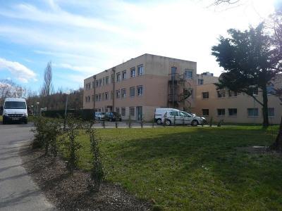 Location Local d'activités / Entrepôt Montagny
