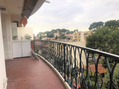 Sale - Apartment 3 rooms - 87 m2 - Le Cannet - Photo