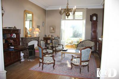 Vente Maison / Villa 5 pièces Nantes-(200 m2)-561 600 ?