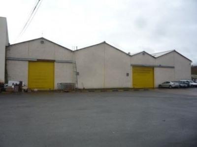 Location Local d'activités / Entrepôt Montry