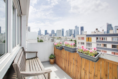 Appartement Courbevoie 3 pièce(s) 62.19 m2