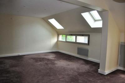 Bureau avec petit balcon