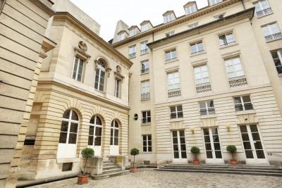Paris IIIe - Rue du parc Royal