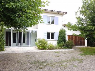 Maison Cahuzac Sur Adour 6 pièce (s) 140 m²