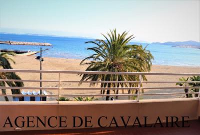 Appartement T 3 au Lavandou en face du centre & plages