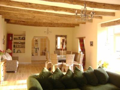 Maison de campagne, 160 m² - Plounevez Moedec (22810)