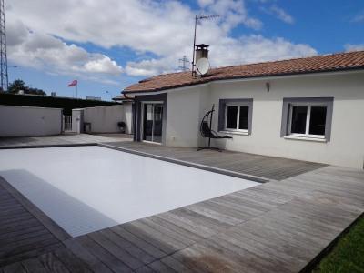 MAISON 113 m² - 4 pièces avec piscine et dépendances de 210