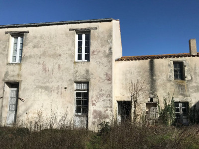 Maison Esnandes 4 pièce (s) 93 m²
