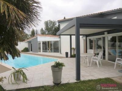 Villa T6/7 – volumes – prestations – 2 garages - vue