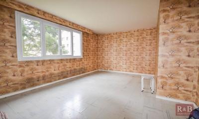 Appartement Les Clayes Sous Bois 5 pièce(s) 84 m2