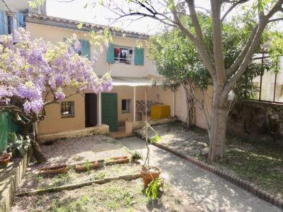 Appartement de type 2 avec jardin entièrement rénové