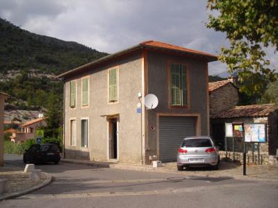 Belle maison de village à Coaraze 80 m²