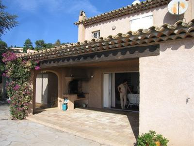 Vacation rental house / villa Les issambres 1 350€ - Picture 2