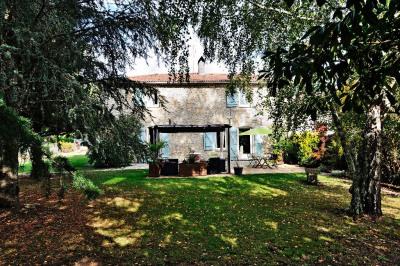 Maison en pierre 170 m² rénovée