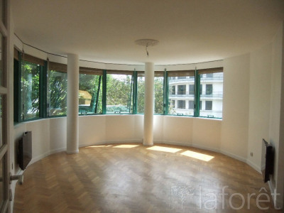 Location appartement 92300