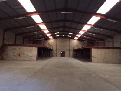 Location Local d'activités / Entrepôt Mudaison