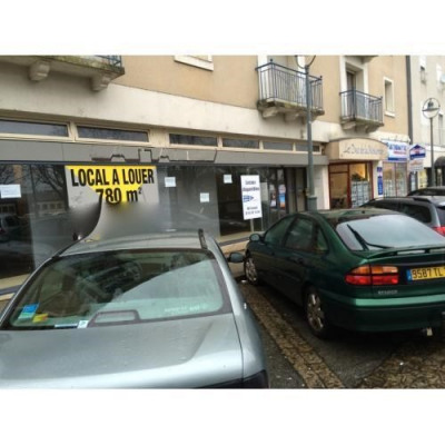 Location Local commercial Parthenay 0