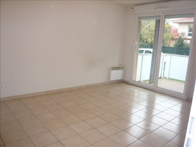 Appartement F2 + parking