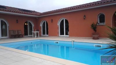 Maison d'architecte T6/7 au calme avec vue, piscine et sous-sol
