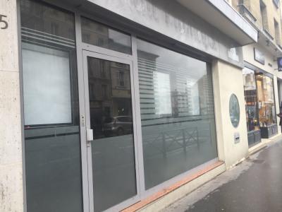 Location Boutique Versailles