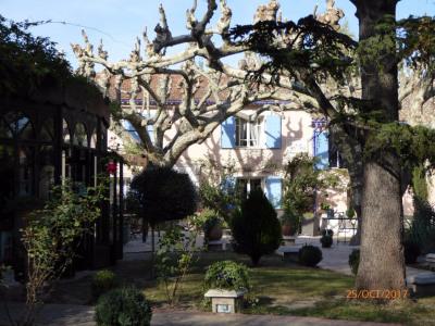 Sale - Farmhouse 14 rooms - 700 m2 - Saint Rémy de Provence - Photo