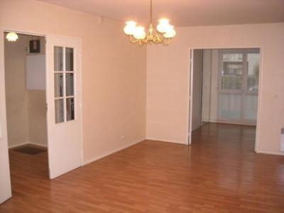Trois pièces 66 m² + 2 pkgs