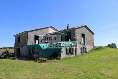 Maison à terminer 1.5 ha
