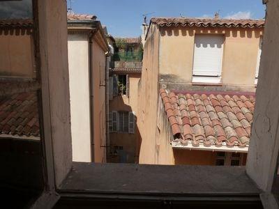 Location appartement Aix en provence 440€ CC - Photo 1