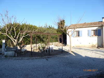 Sale - Villa 6 rooms - 140 m2 - Cabannes - Photo