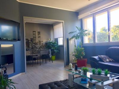 Appartement La Rochelle 2 pièce (s) 60.01 m²