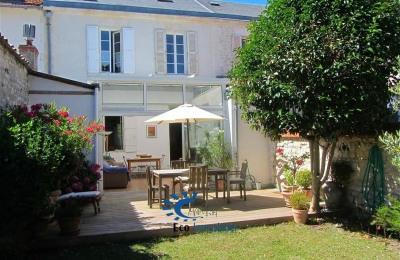La rochelle la genette maison bourgeoise 140 m² habitable