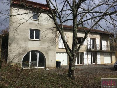 - vue Pyrénées, maison à rénover, terrain constructible -