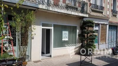Local commercial Auxerre 38 m² avec vitrine - quartier Théâtre