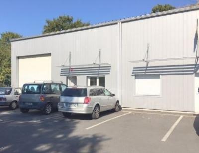 Location Local d'activités / Entrepôt Saint-Jacques-de-la-Lande