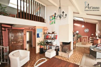 Appartement 6 pièces + c à SEYSSINS
