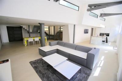 V555- Annecy centre, magnifique loft