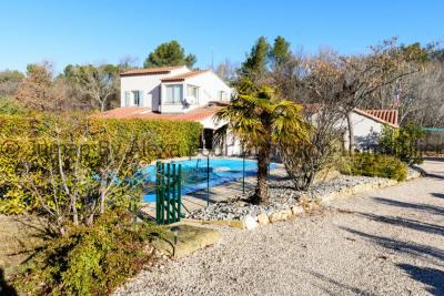Maison 5 pièces avec jardin et pool house