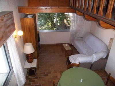 Duplex 40 M² environ + Parking + Cave