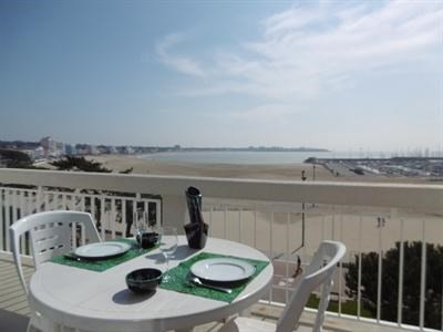 Vacation rental apartment Royan 952€ - Picture 1