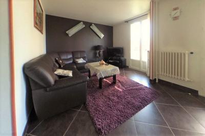 Appartement Vaulx En Velin 4 pièce (s) 65 m²