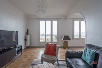 Boulogne - QUARTIER REINE / VICTOR HUGO. Situé en étage, avec ascenseur, dans un immeuble bien entretenu  ...