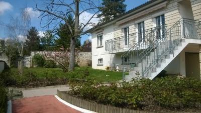House / villa 7 rooms Cognac